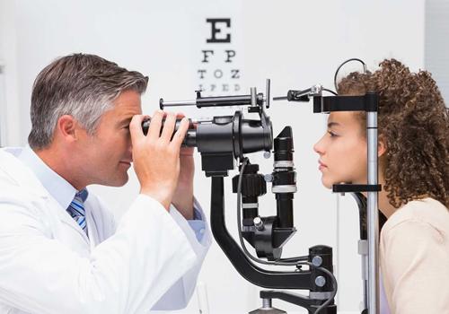 Driving licence eye test in fujairah.