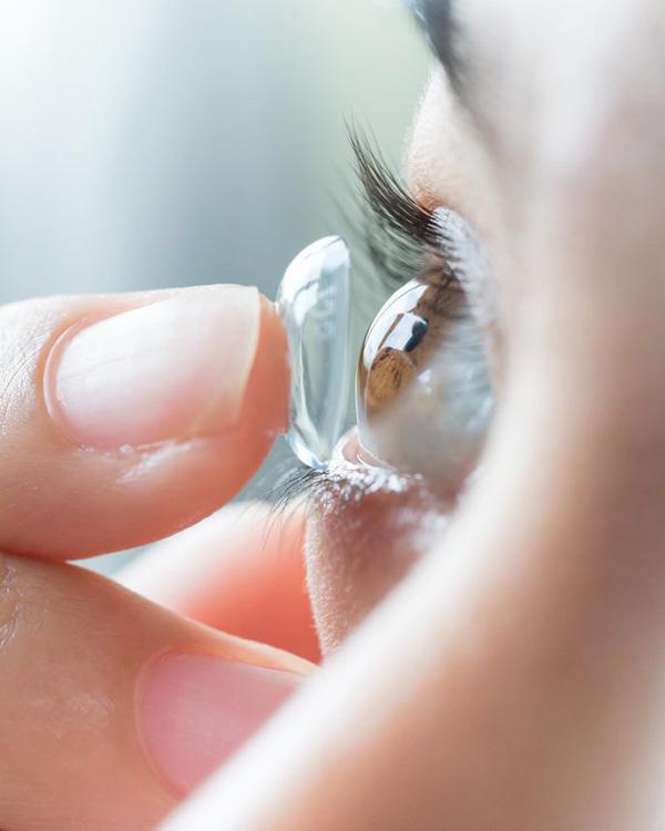 Contact Lense Fitting in Fujairah